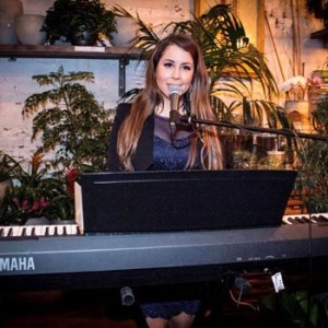 Lexi Solo Singer Keyboard Player