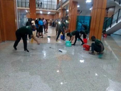 Breaking: Roof leaks, Senate plenary disrupted as heavy rain pours into National Assembly (Video)