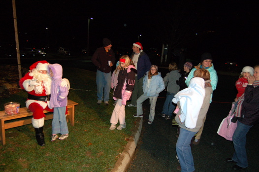 santa kids crowd