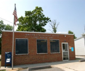 ©2009 www.nelsoncountylife.com : The Piney River Post Office oin Southern Nelson County, Virginia where someone tried to rob the postal clerk Saturday morning.