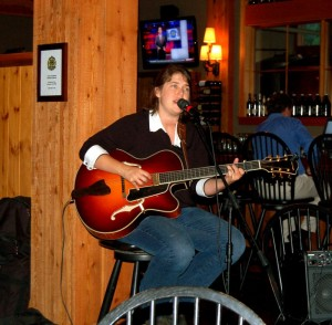 Photo By Yvette Stafford : ©2009 www.nelsoncountylife.com : Jan Smith was just one of the musical acts performing Tuesday at DBBC to help benefit The Nelson Dental Clinic.