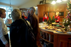 In addition to live music at the Simpson home, folks enjoyed punch and cookies on the tour.