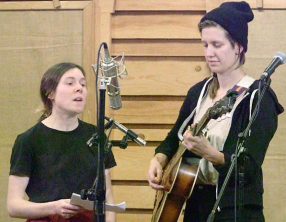 Elizabeth LaPrelle (left) and Anna Roberts Gevalt performing at The Floyd Radio Show.