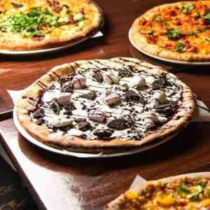 Dolce pizza - dessert pizza