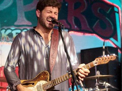 Eric clapton   bb king   jimi hendrix   albert collins   srv   zz top. Blues Backing Tracks Blues Guitar Insider