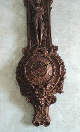 Antique clock at Radisson MBD Noida