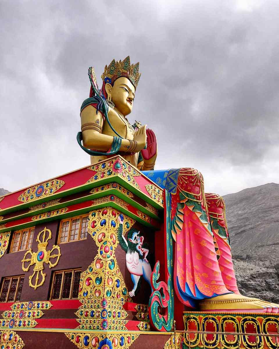 How to Plan Tour of Kashmir and Leh Ladakh for 10 Days