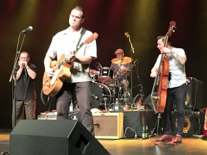 Doug Deming & The Jeweltones feat. Steve Guyger