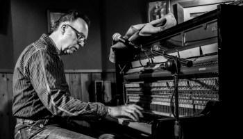Carl Sonny Leyland varmer op til pladeindspilning med danske stjerner
