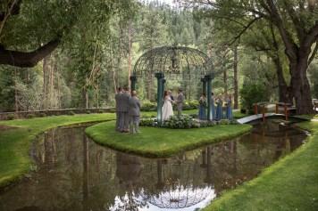 Wedding Photographers in Colorado Springs Co  Blue Spruce Wedding Photo   Kellie and Logan