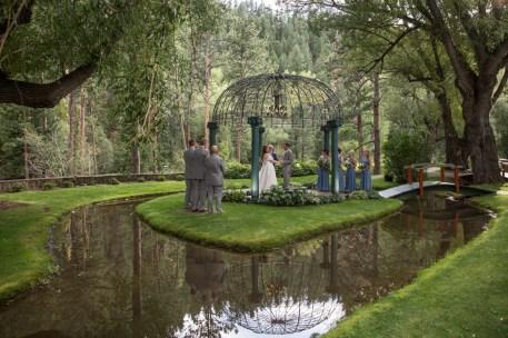 Wedding Photographers in Colorado Springs Co| Blue Spruce Wedding Photo | Kellie and Logan