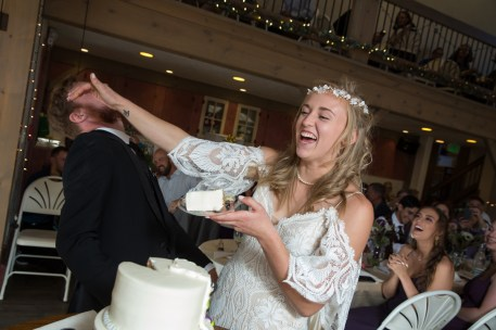 Colorado_wedding_photography_Evergreen_Red_Barn_013