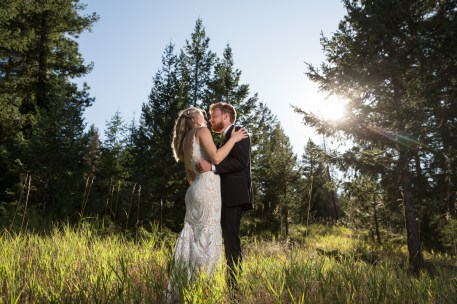 Colorado_wedding_photography_Evergreen_Red_Barn_019