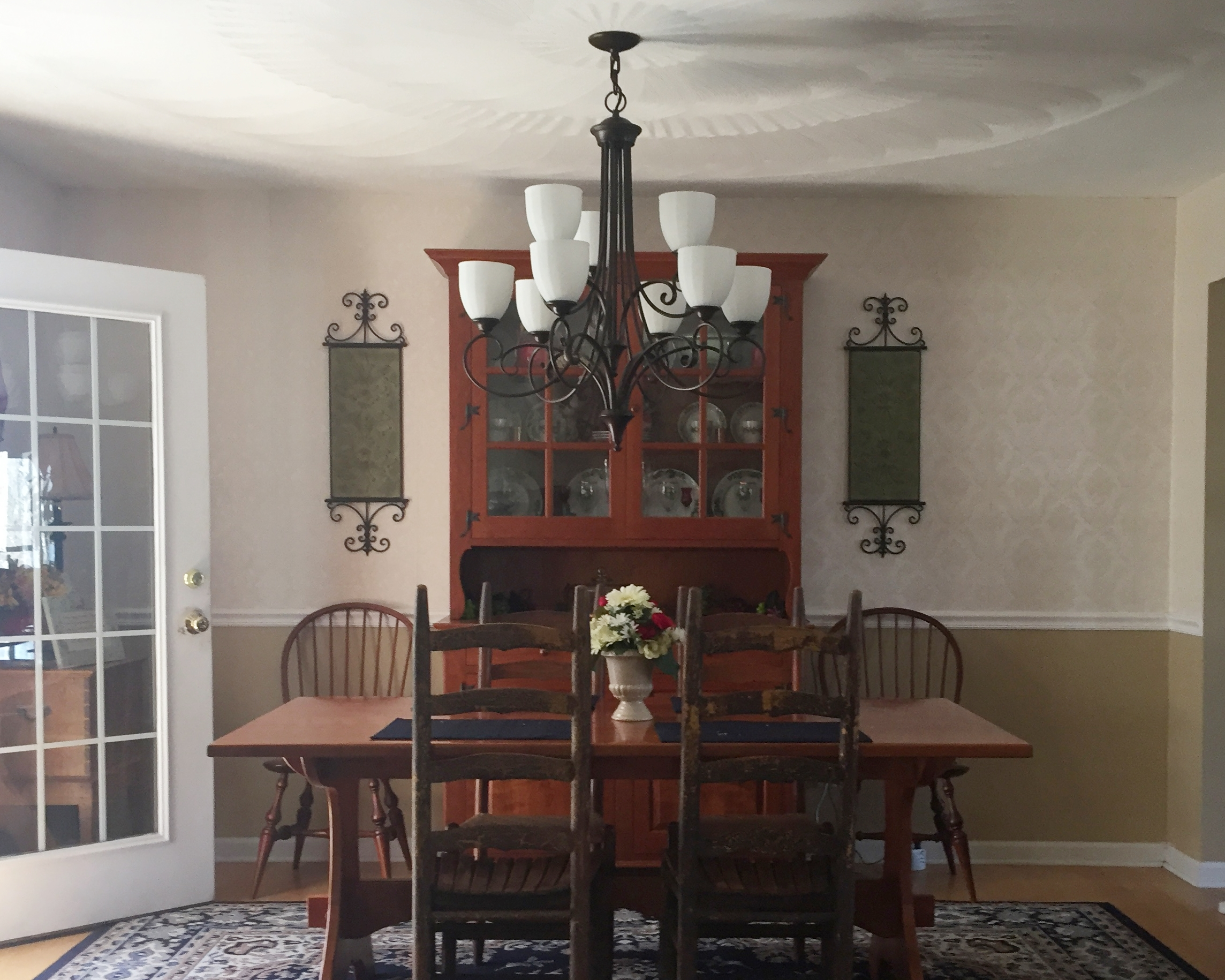 Casual Southern Charm in Penn Laird, VA