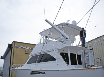 Bridge Installed Davit with Hinged Rocket Launcher Railing
