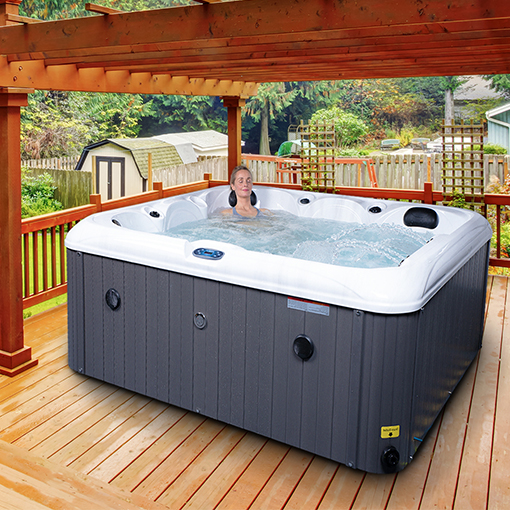 Gulf Breeze Hot Tub, Luxury 6-Person Spa|Blue Whale Spa