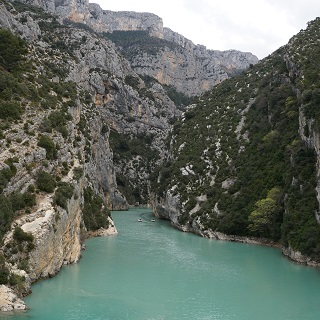 The canyon enters Lac Saint-Croix-du-Verdon