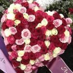 Blumen und Kränze für Trauerfeiern