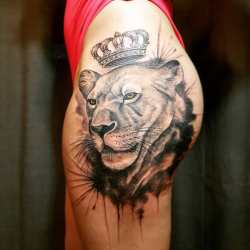 33862a7ce4e03 Lovely Realistic Lion Tattoo With Crown On Side Hip Blurmark