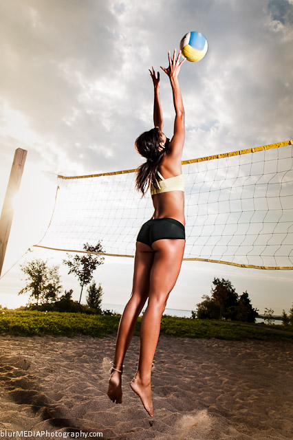 Beach Volleyball Block - Under Armour and Lululemon Beach Volleyball Uniform Combination
