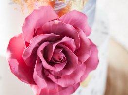 blush-event-company-atlanta-wedding-inije-gold-fuschia-terminus-330-styled-shoot-cake
