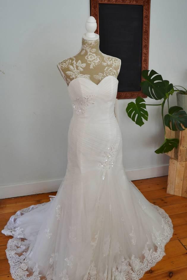Mermaid Elana wedding dress