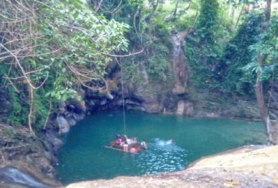 Ingkumhan Falls in Dimiao Bohol | Blushing Geek