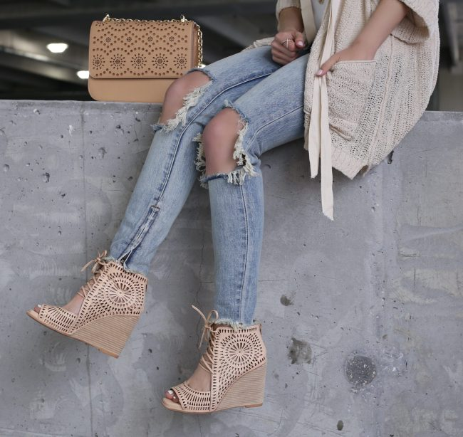 Anna Monteiro of blushing rose style wearing jeffrey campbell rayos perforated wedge sandal