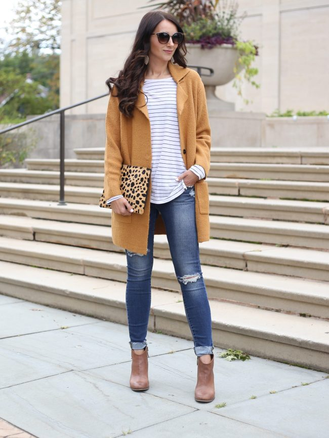 blogger Anna Monteiro of Blushing Rose Style wearing cozy fall sweaters