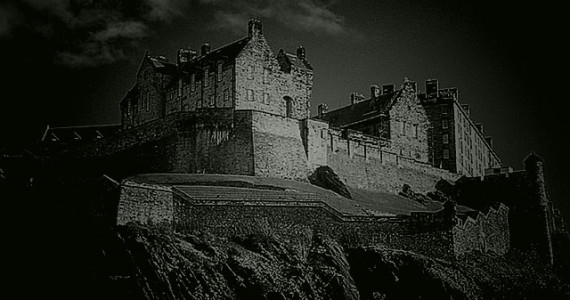 13 haunted places that will make you shake with fear for Stay in a haunted castle in scotland