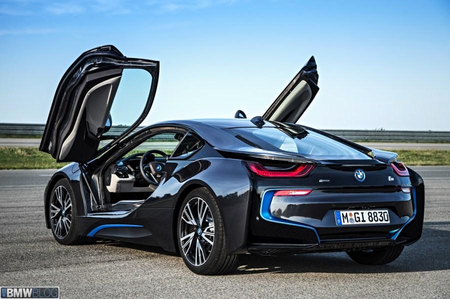 BMW i8 - Official Videos