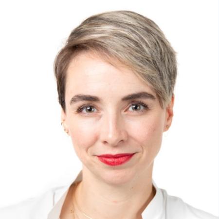 Lauren McGuire Headshot