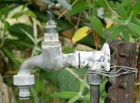 4 Ways to Prepare Your Home's Plumbing for Spring
