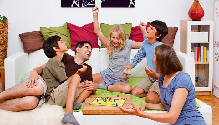 Top-11-Remote-friendly-Board-Games-during-Social-Isolation