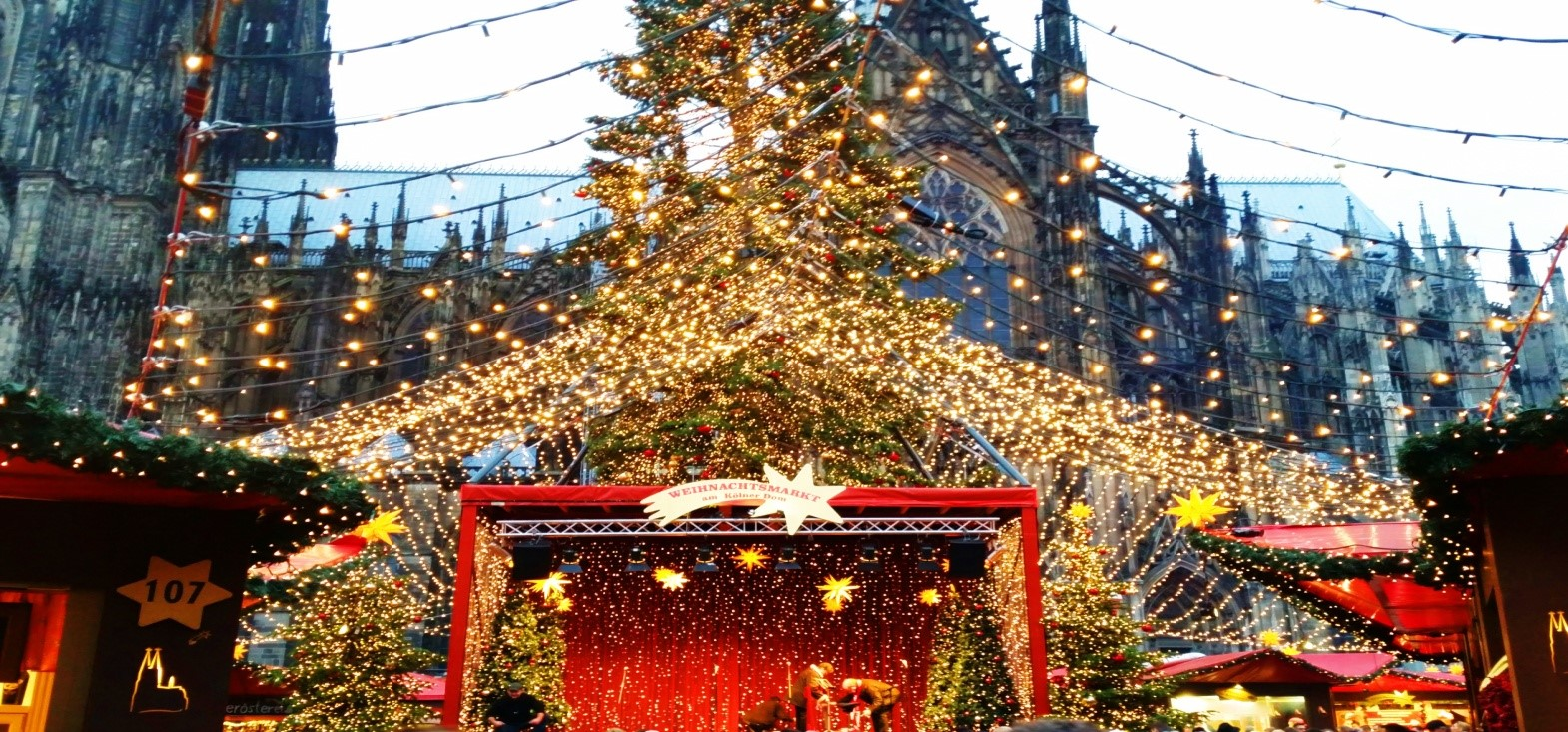 europes 5 best christmas markets travel bloggers tell all - Cologne Christmas Market