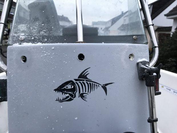 Installer un réservoir fixe dans son bateau IMG_2167-scaled