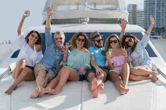 Yacht Charter 6-pack
