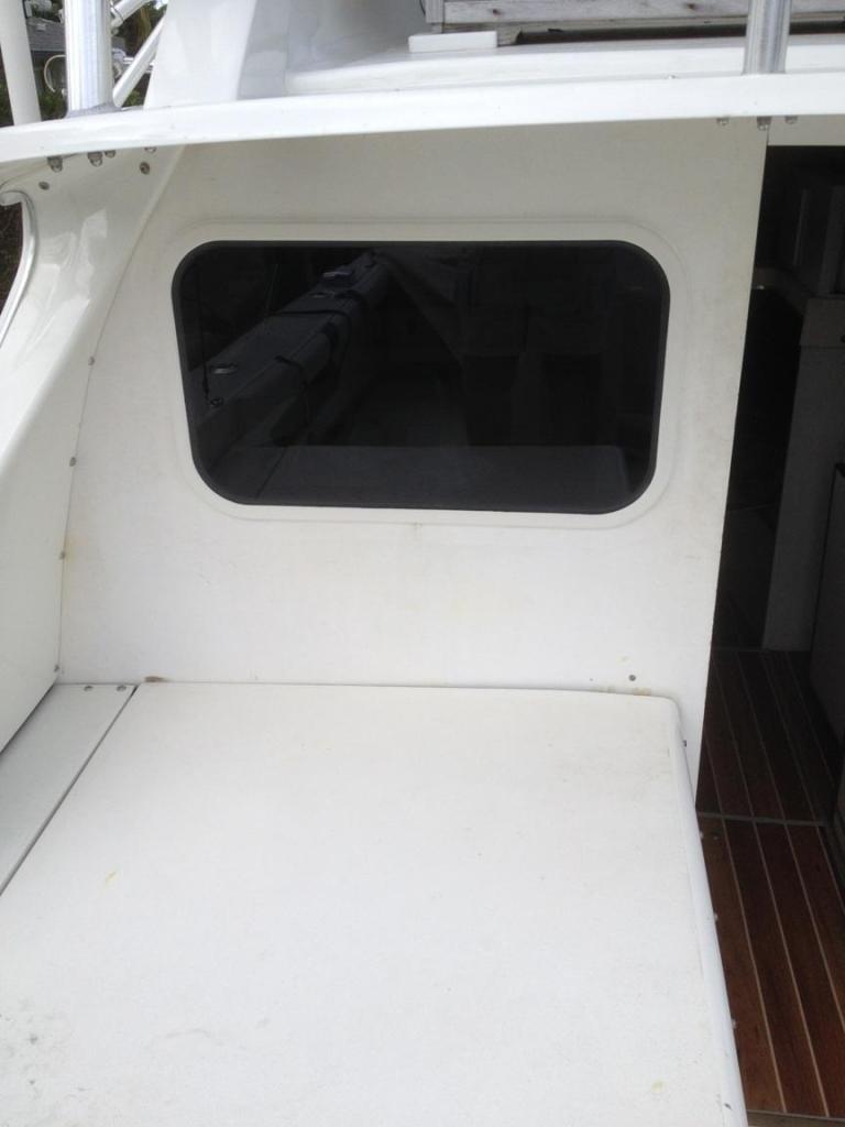 Bertram bulkhead boat windows