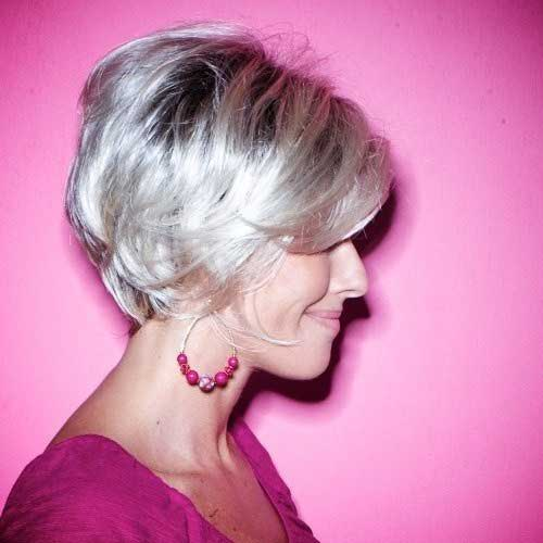 15 Chic Bobs For Older Women Bob Hairstyles 2018 Short