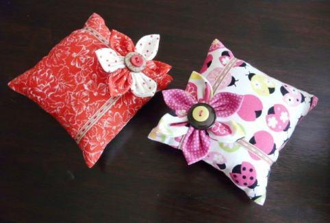 pin cushions Bobbins and buttons