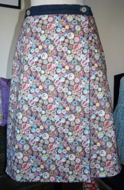 reversible skirt Bobbins and buttons