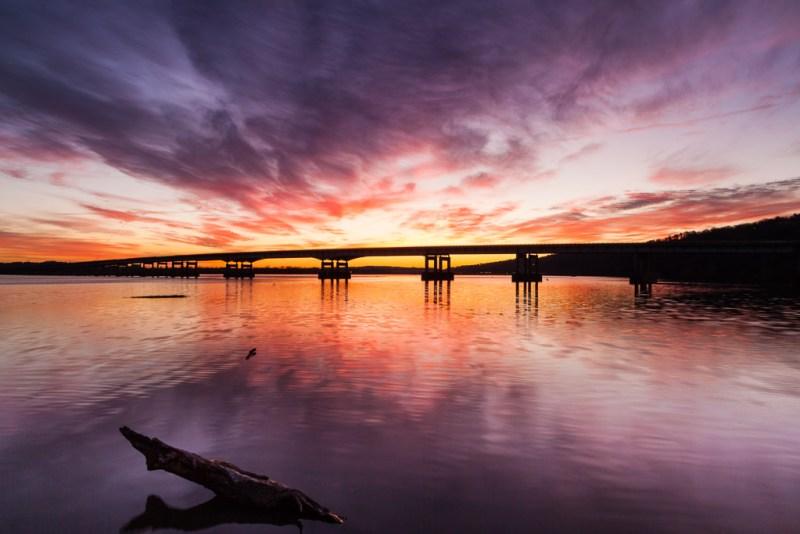 10246. Sunrise on the Arkansas River, Arkansas