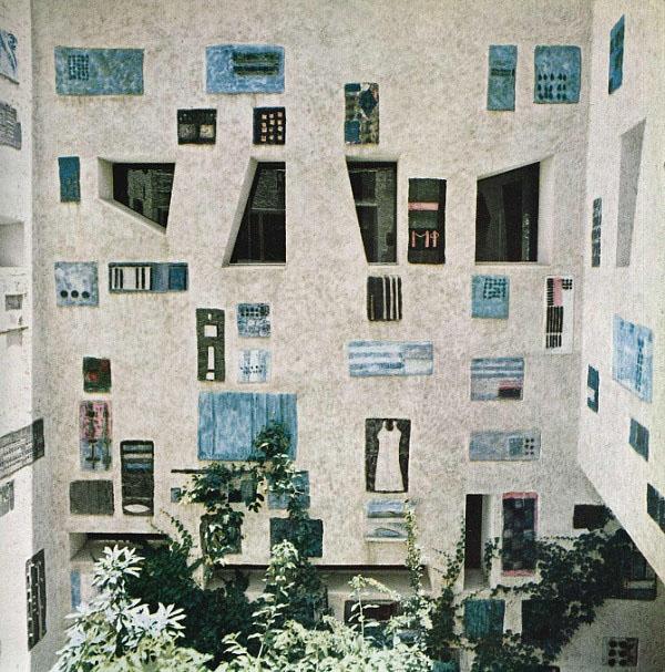 Interior-courtyard