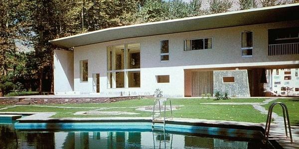 Villa-Nemazee-a-Tehran-di-Gio-Ponti-1024x512