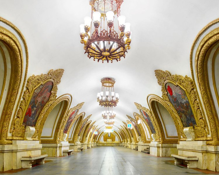 moscow-metro-stations-photos-russia-david-burdeny-3