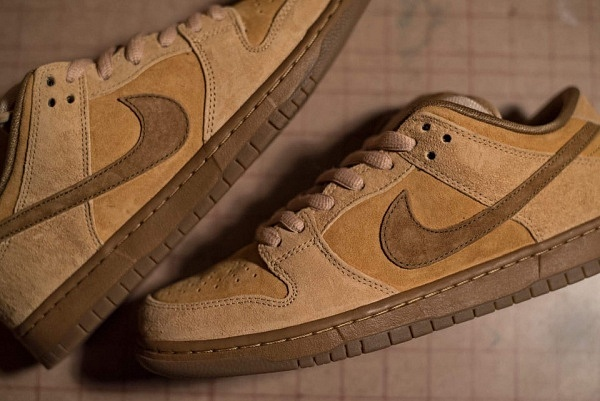 nike-sb-dunk-low-reverse-reese-forbes-wheat-01