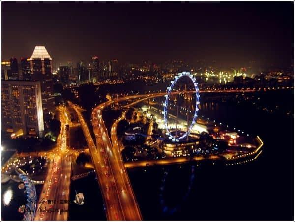 【2013 Singapore】新加坡自由行。金沙酒店空中花園♥無邊際泳池的百萬夜景♥