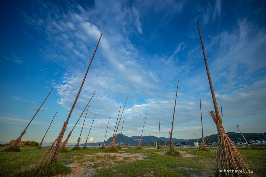 基隆八斗子潮境公園|IG超紅打卡點。飛天掃把必拍,日出日落都包辦的絕美海岸。
