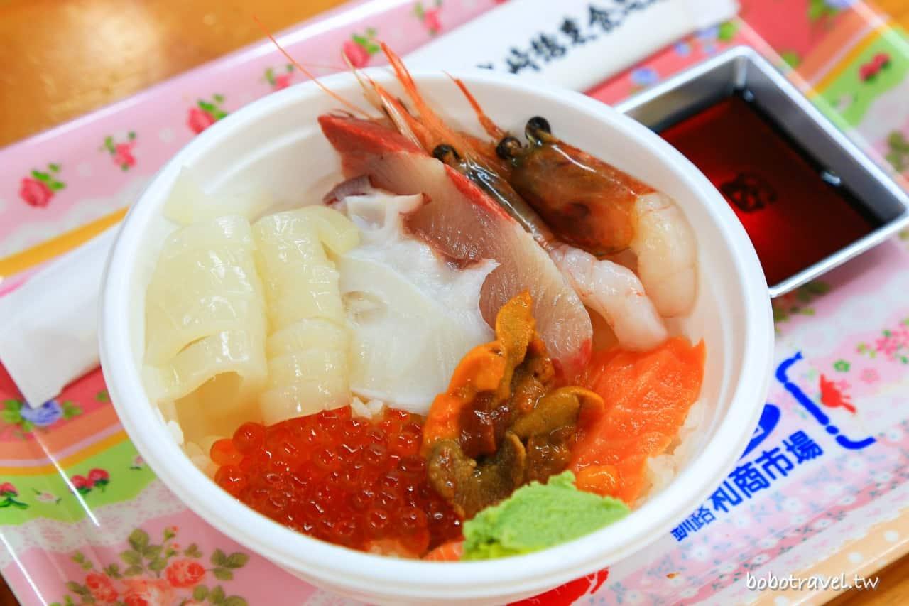 北海道・釧路美食|和商市場「勝手丼」,市場內自選豐盛配料,獨家定制海鮮蓋飯