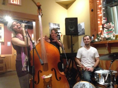 Bob, Bekah and Nick Taylor peforming at Kulshan Brewery, Bellingham with Luminous Skye 12.14